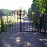 Automated and Manual Gates